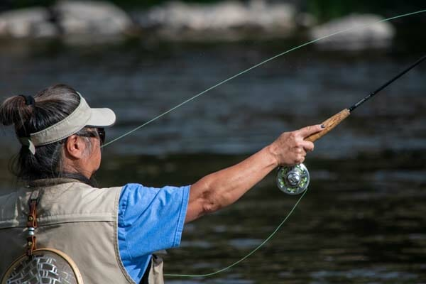 Fly Fishing Vs Spin Fishing – The Ultimate Showdown