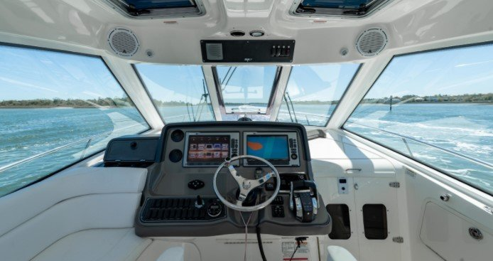 How to obtain a boating license