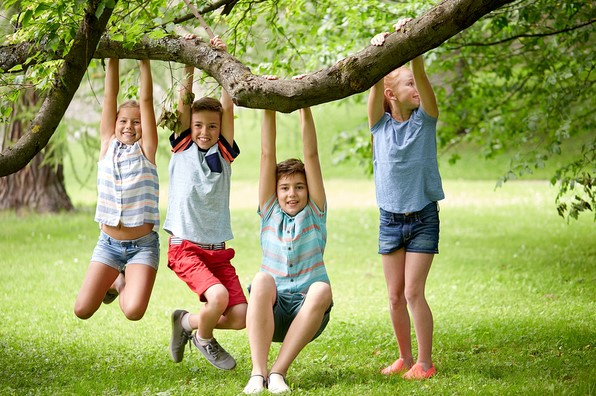 Tips to Encourage Outdoor Play