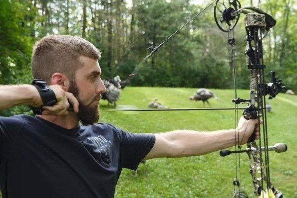 How to correctly aim your compound bow